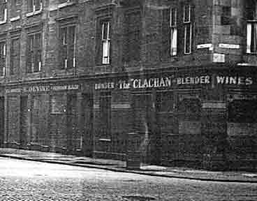 Exterior view of the Clachan Bar 83 Lawmoor Street